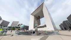 Arco de la Dfense (2/3) (360 interactiva) (Juan Ig. Llana) Tags: plaza panorama paris metro 360 business panoramica epic arco defense spherical negocios ladfense turistas carpa oficinas gigapan esferica epicpro
