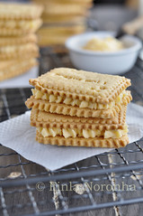 Classic Custard Biscuits (Finla Noronha) Tags: cookies baking blog cream homemade sweets biscuits british homemadecookies creambiscuits mykitchentreasuresblog classiccustardcreambiscuits custardbiscuits