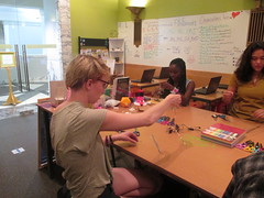 IMG_8844 (cpl_makerspace) Tags: chicago paper cpl chicagopubliclibrary guestpresenter hwlc haroldwashingtonlibrarycenter makerspace cplmakerlab