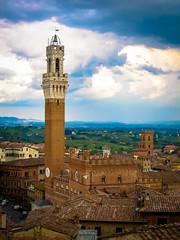 Torre del mangia (SAUVM2) Tags: italy tower tour siena toscana toscane italie sienne