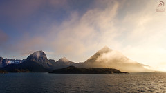 Mountianview Norway Lofoten (Balance-Photography.com) Tags: sunset sun norway clouds landscape norge view norwegen fjord landschaft lofoten mountians mountian