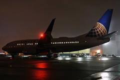 Aviation at Night...... (GeorgeM757) Tags: united 737724 boeing aircraft alltypesoftransport aviation airport kcle clevelandhopkins nightairplane georgem757