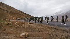 Indian Army on KhardungLa (K. Apisak) Tags: road india mountain snow cold rock fog walking soldier army walk indian walkway leh ladakh khardungla hight