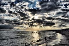 Una mica ennuvolat... (Perikolo) Tags: sunset clouds atardecer playa nubes menorca platja nvols sonbou capvespre alaior