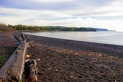 Flood Bay on Lake Superior (WOODSHED Revisited) Tags: lake minnesota bay us scenery flood pentax north scenic superior route shore shores mn minn 61 k100d