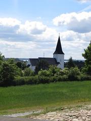 Havnbjerg kirke (Landanna) Tags: blue sky church denmark blauw himmel lucht dnemark danmark kerk als hemel denemarken kirke bl snderjylland zuidjutland havnbjerg havnbjergkirke