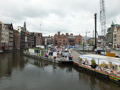 Amsterdam (mi chiel) Tags: holland netherlands amsterdam iamsterdam centre thenetherlands centrum 020 damrak beursvanberlage canalcruises