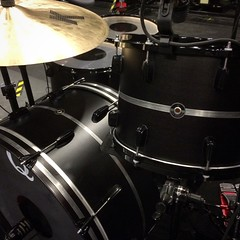 Back to black for the upcoming NIN/Soundgarden tour. All is well in the universe... #qdrumco #nin