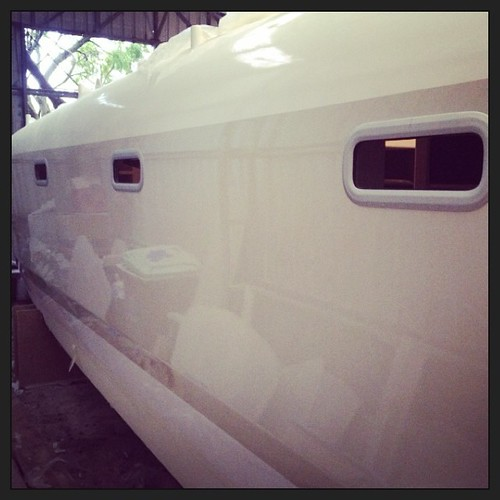 365/205 • the hulls have windows - this counts as bling and bling = progress • #2014_ig_205 #catamaran #schionning #theverybigboat