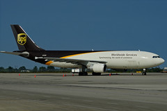 N125UP (Steelhead 2010) Tags: cargo ups airbus unitedparcelservice a300 yhm a300600f nreg n125up