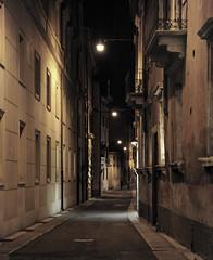 passeggiando nella notte... (Claudio Pimazzoni) Tags: italy night walking verona notte passeggiando