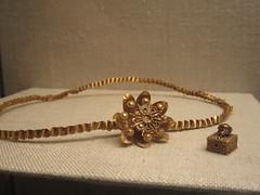 IMG_6829 (Akieboy) Tags: nyc newyorkcity art museum gold jewelry jewellery metropolitanmuseumofart