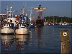 Tonight at the port of Travemnde (Ostseeleuchte) Tags: blue water reflections wasser balticsea blau fishingboats hafen ostsee spiegelung travemnde 2014 fischerboote fischereihafen lisavonlbeck ostseeleuchte lbeckerkogge