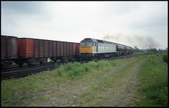 Ubiquitous (tatrakoda) Tags: uk england film train 35mm geotagged br diesel kodak britain engine railway loco brush lincolnshire oil british locomotive analogue duff lner gcr gold100 class47 type4 brush4 brocklesby elextric mslr