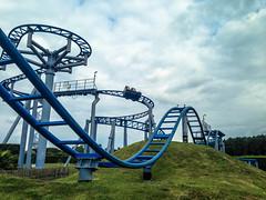 Paultons Family Theme Park (ThemeParkMedia) Tags: world park new family sky forest fun pig cobra edge roller theme rides stinger coaster swinger attraction peppa paultons