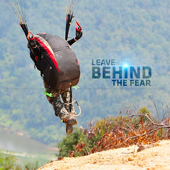 Leave Behind The Fear | Candid (AnNamir™ c[_]) Tags: sport site nikon action candid sigma freeze getty paragliding launching kualakubu kkb annamir annamirphotography annamir2u bukitbatupahat paraglidingsite