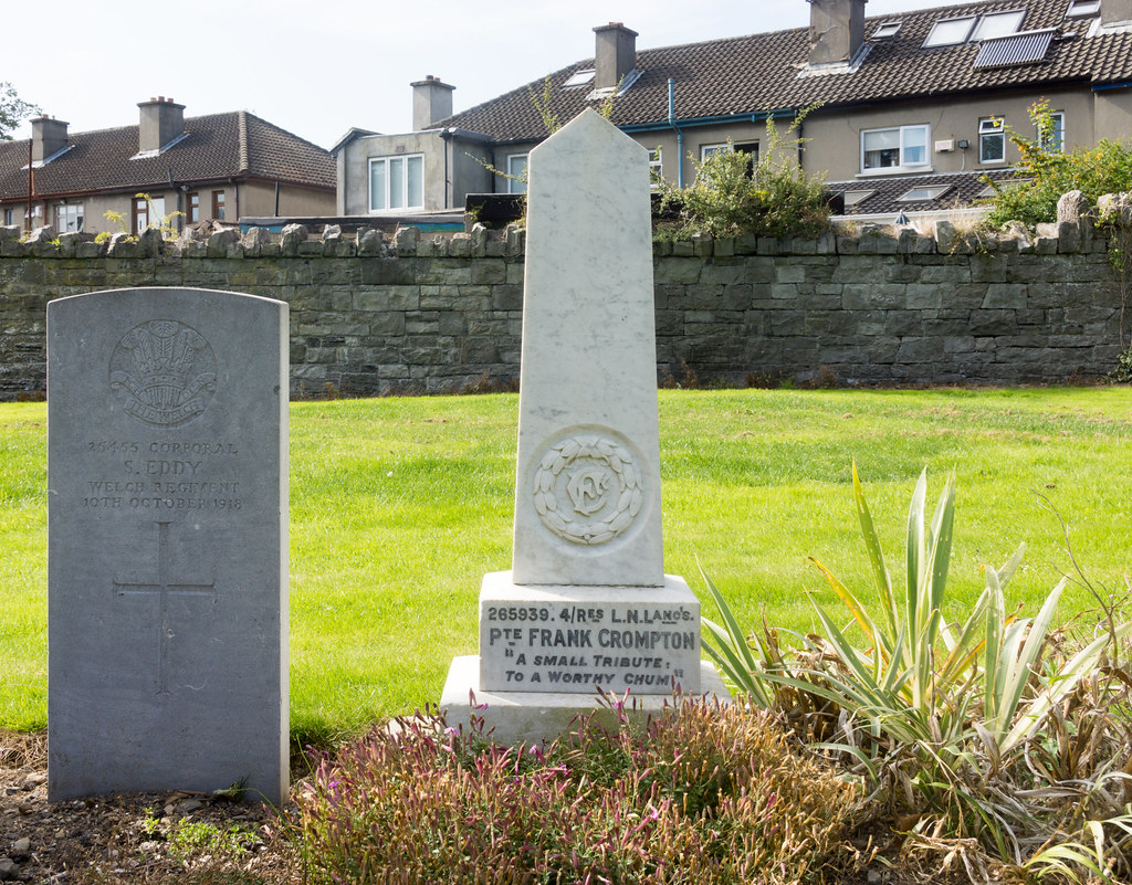 A SMALL TRIBUTE TO A WORTHY CHUM - GRANGEGORMAN MILITARY CEMETERY Ref-2127