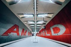 [Am Moosfeld] (Stadt_Kind) Tags: vollformat fullframe teamsony sonyilce7m2 sonyfe16354zaoss stadtkind munich münchen metrostation publicstation publictransport abstrakt abstract modern linien geometrie symmetrie symmetry geometry lines ubahn subway tube underground metro