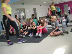 "zomerspelen 2013 hiphop clinic • <a style=""font-size:0.8em;"" href=""http://www.flickr.com/photos/125345099@N08/14220604010/"" target=""_blank"">View on Flickr</a>"