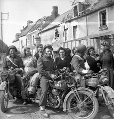 """Moto at War - What model ??? • <a style=""""font-size:0.8em;"""" href=""""http://www.flickr.com/photos/81723459@N04/14495537648/"""" target=""""_blank"""">View on Flickr</a>"""