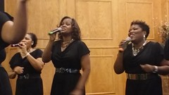 Rhonda and the ladies going in at University Church of Christ