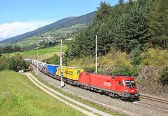 1116 093, Matrei am Brenner, 9 September 2014 (Mr Joseph Bloggs) Tags: electric train austria am merci brenner siemens railway cargo locomotive taurus bahn freight austrian brennero 093 rola obb matrei 1116 worgl 1116093