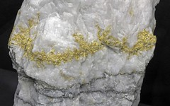 Gold in Quartz (Ron Wolf) Tags: nature metal gold venezuela mineral geology ore earthscience mineralogy nativeelement preciousmetal
