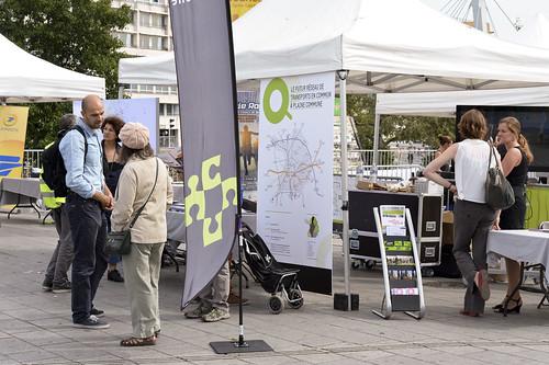 Plaine Commune a présenté le futur réseau de transport en commun et les itinéraires cyclables