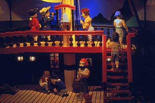 "368DK Legoland • <a style=""font-size:0.8em;"" href=""http://www.flickr.com/photos/69570948@N04/15131479639/"" target=""_blank"">View on Flickr</a>"
