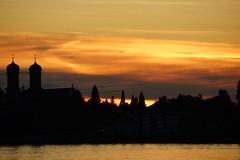 Friederichshafen (limburgs_heksje) Tags: deutschland bodensee duitsland zonsondergangen bodemmeer