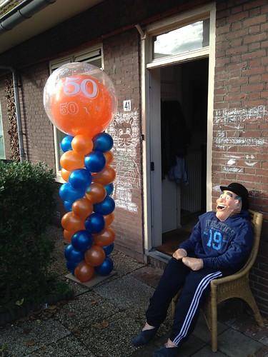 Ballonpilaar Breed Rond Oranje Blauw 50 Jaar