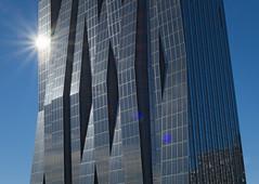 kaisermühlen_007 (rhomboederrippel) Tags: rhomboederrippel fujifilm xe1 february 2017 vienna austria 22nddistrict donaucity donaustadt sunny sun winter kaisermühlen skyscraper dctower1 hochhaus architecture glass reflection