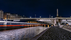 Constantly evolving (PokemonaDeChroma) Tags: longexposure poselongue lighttrail bridge river pont riviere nd8 quay laseine night nuit paris france europe cobblestone canoneos6d canonef24105mmf3556isstm 169 fevrier february 2017 boat bateau nightphotography hdr