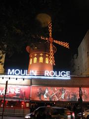 PARIS 2013 pic940 (streamer020nl) Tags: paris france mill club night moulin rouge evening abend mhle frankreich neon nacht machine ufo frankrijk avond soir parijs molen 031013 windmolen 2013 3oct2013