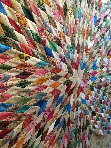 Flea market treasure quilt. Laundry basket quilts. Center piecing ... : laundry baskets quilts - Adamdwight.com