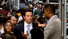 Mark Wahlberg EXTRA...
