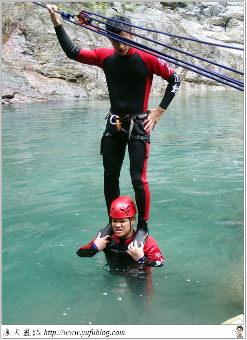 暑假旅遊 慕谷慕魚 溯溪 狂人出動 山寨 童玩節 花蓮兩日 花蓮二日 小旅行