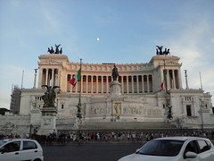 Altare della patria (fotokoci) Tags: street old city urban italy rome roma building art monument photo italian ancient europe italia foto image roman background web centro culture streetphotography free center images antica cc creativecommons use download gratis libre publicdomain highquality  norightsreserved copyrightfree nocopyright wtfpl cc0 dominiopubblico