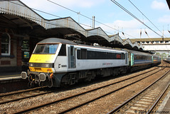 90005 Vice-Admiral Lord Nelson 23rd July 2014 Ipswich (Ian Sharman 1963) Tags: street london station electric train liverpool engine july loco nelson lord class norwich locomotive greater passenger 90 23rd ipswich anglia 2014 90005 viceadmiral abellio