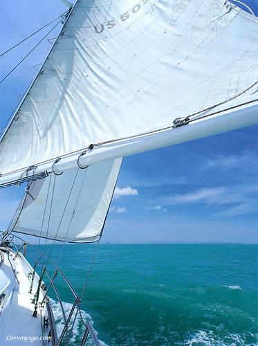 sail yacht phuket thailand andaman phang nga koh rang yai sea white blue green speed boat mast wave wind на яхте андаманское море индийский океан панг нга пангна парус волны ветер брызки пена катер скорость остров forumlinvoyagecom phuketian phuketphotographernet outdoor vehicle samui krabi pattaya таиланд пхукет самуи тайланд краби паттая лето тропик тропики