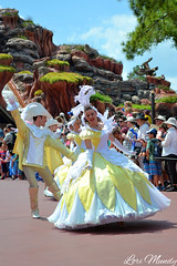 Festival Of Fantasy (disneylori) Tags: disney parade disneyworld wdw waltdisneyworld magickingdom frontierland disneyparade swancourt disneyworldparade disneyperformers waltdisneyworldparade festivaloffantasyparade