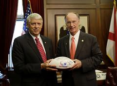 08-22-2014 University of South Alabama President Tony Waldrop visits Governor Bentley