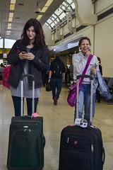 Kara & Yahira (Ted Somerville) Tags: ladies girls ny newyork travelling nova moving airport indiana aeroporto tourists luggage metropolis baggage visiting aeropuerto bigapple bigcity select concretejungle exgirlfriends exgf iorque