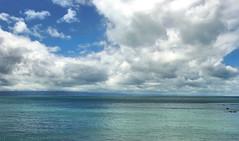 50 nuances de bleu / Presqu'le de Coromandel - Nouvelle Zlande (PtiteArvine) Tags: blue sea newzealand sky mer green clouds vert bleu ciel nuages coromandel nouvellezlande