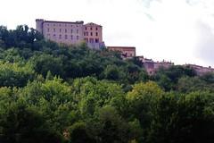 Le chteau et le village de St Martin de Pallires - Haut Var (de Provence et d'ailleurs) Tags: tour village terrasse provence arbre chteau fort panoramique stmartindepallires hautvar