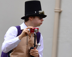 Got you too (Mxziton) Tags: street nikon victorian hats gathering lincoln steampunk d3100