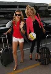 AnnaLynne and Angel McCord LAX (halickitoby) Tags: ca sunglasses ball bag necklace losangeles unitedstates watch luggage backpack blonde bracelet volleyball waving suitcase pvc blacktop redtop knapsack greyjacket pinkjacket whiteshorts blackleggings annalynnemccord brownflipflops angelmccord