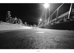Caminando de noche la ciudad (Esdras Jaimes) Tags: city de photography américa central ciudad latina panamá centroamerica esdrasjaimes esdrasjaimesfotografías