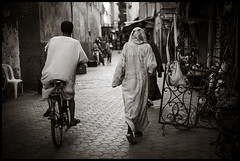 The cap and the bike (GioMagPhotographer) Tags: morocco marrakech cape bycicle leicam9