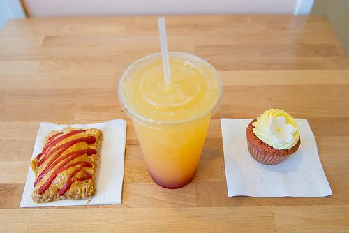 Strawberry Lemonade Poptart and Cupcake